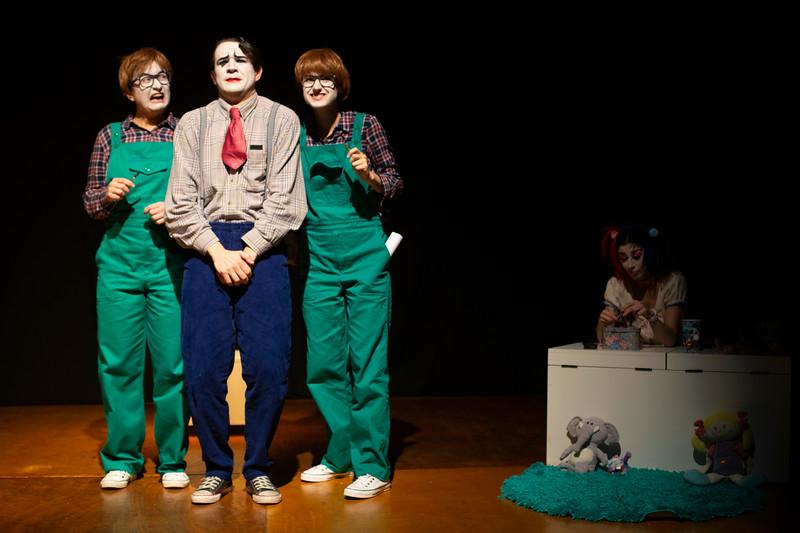 Allan Bravos - essenCIA Teatro - Persona 07-34.jpg