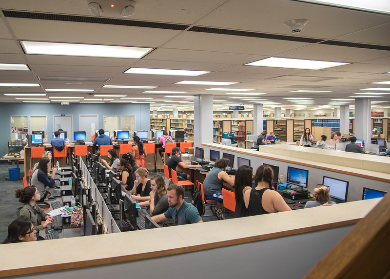 Students utilize the computer lab in the Mary and Jeff Bell Library.