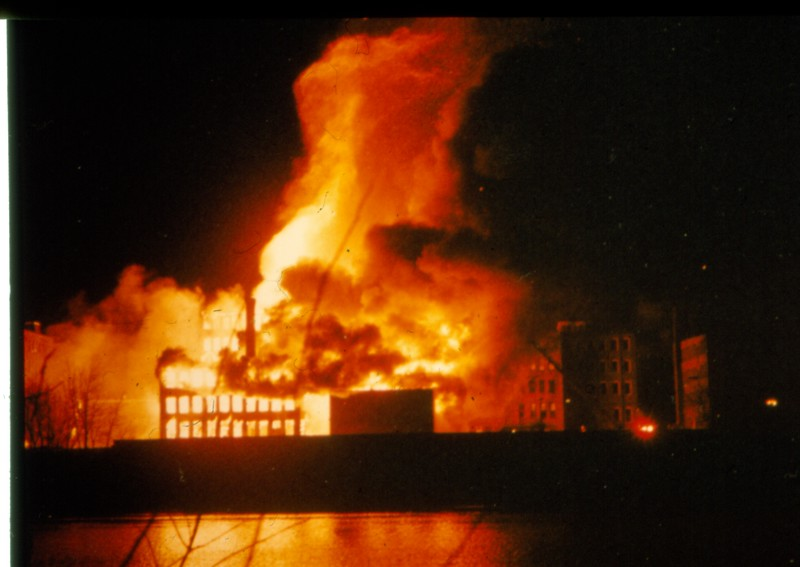 Washingtonstfire0101.jpg
