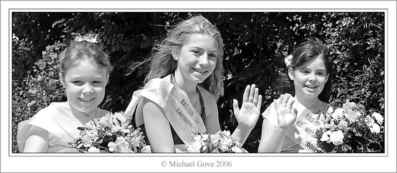 Carnival Ladies (61639403).jpg