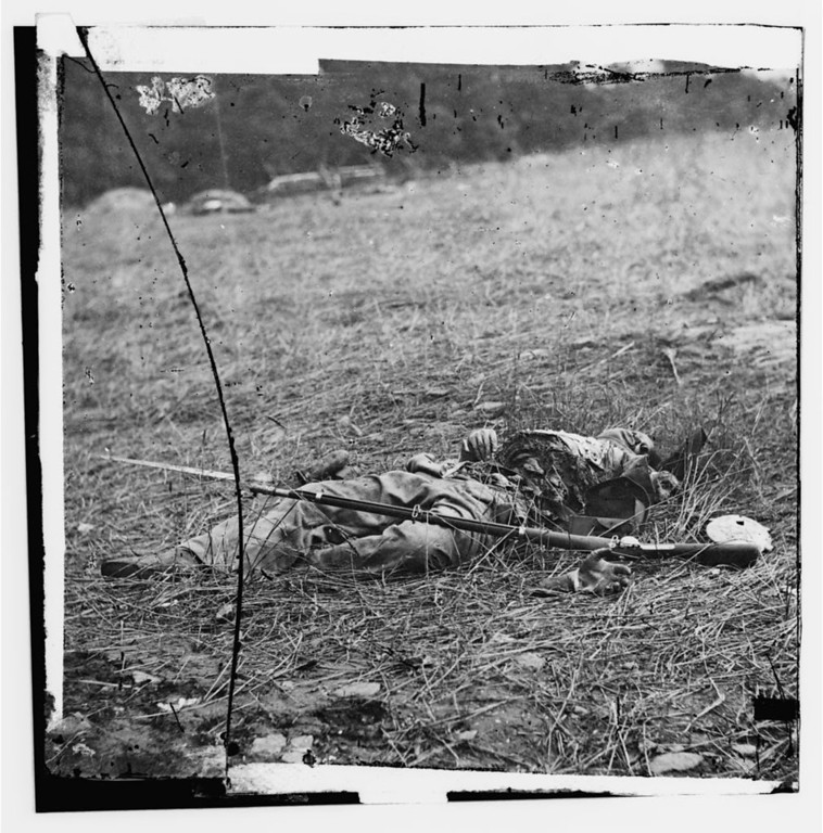 . Gettysburg, Pennsylvania. Effect of a shell on a Confederate  - Library of Congress Prints and Photographs Division Washington, D.C.