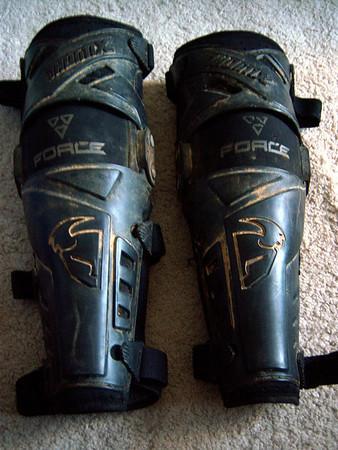 2009 Thor Knee Guard