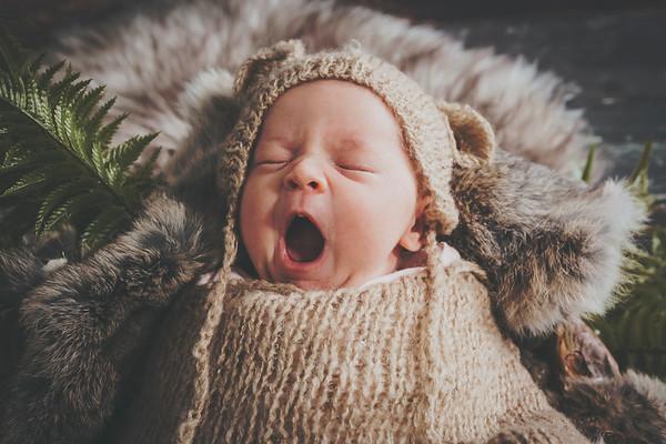 Julia Anderson Newborn 2018