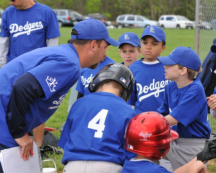 Dodgers_GM1_04172010_111.jpg