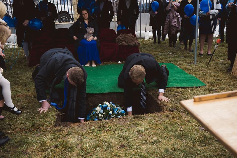 baby dew funeral-78.jpg