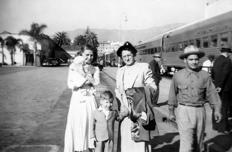 Pasadena Stations, California, 1952. Grandma comes to visit. The guy on the right is not part of the package.