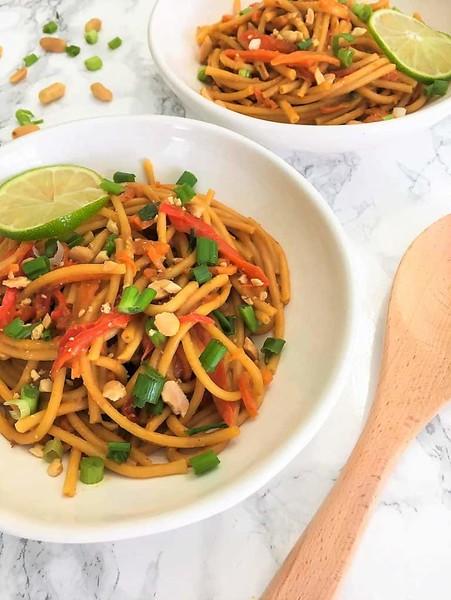 Instant Pot Spicy Thai Peanut Noodles