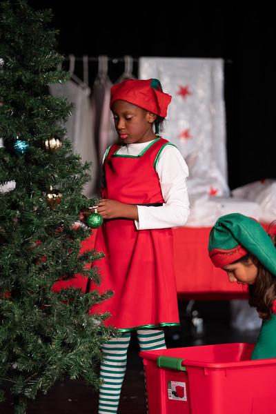 LEAP_elf-jr-dress-rehearsal-66.jpg