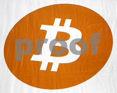 bitcoin-tops-15000-hack-raises-concerns-ahead-of-us-trade
