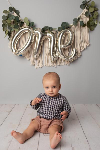 Jonas is ONE-9.jpg