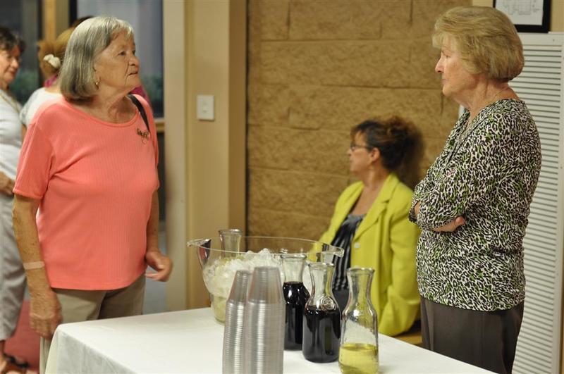 Trudy, Edith & Carolyn--library retirees & staff.jpg