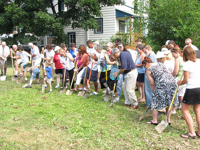 Apostles Build Groundbreaking July 17, 2010