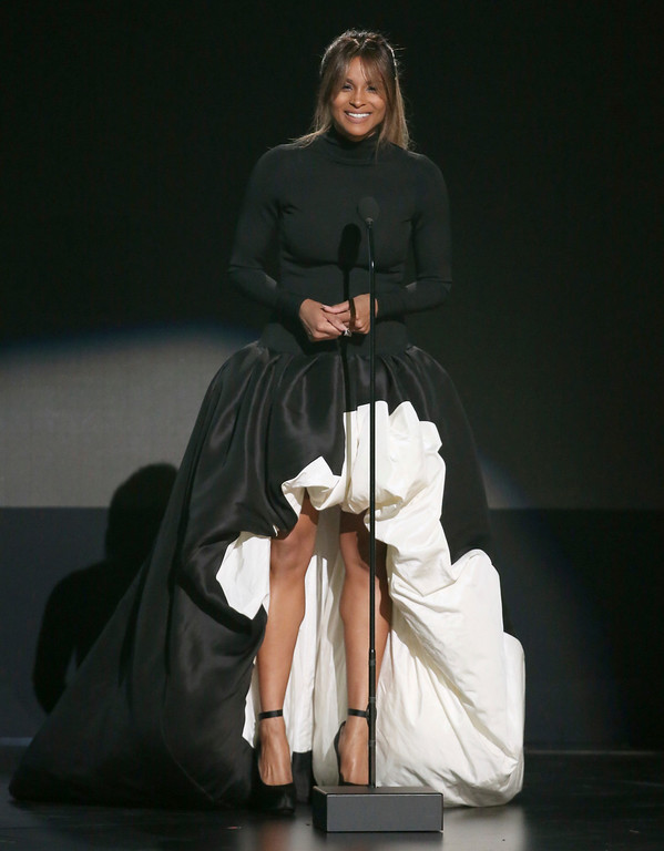 . Ciara presents the award for favorite artist - electronic dance music at the American Music Awards at the Microsoft Theater on Sunday, Nov. 20, 2016, in Los Angeles. (Photo by Matt Sayles/Invision/AP)