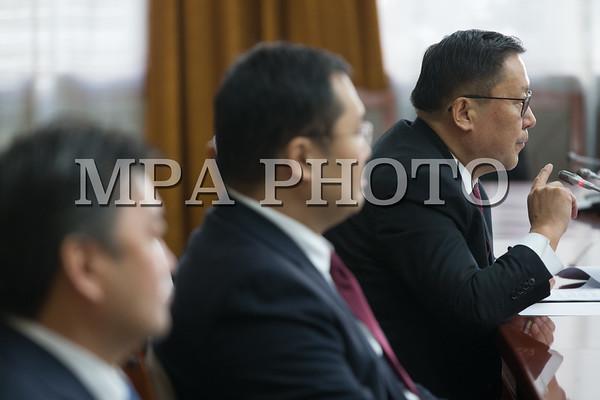 Монголбанкны ерөнхийлөгч Н.Баяртсайханг огцруулах асуудлыг хэлэлцэв