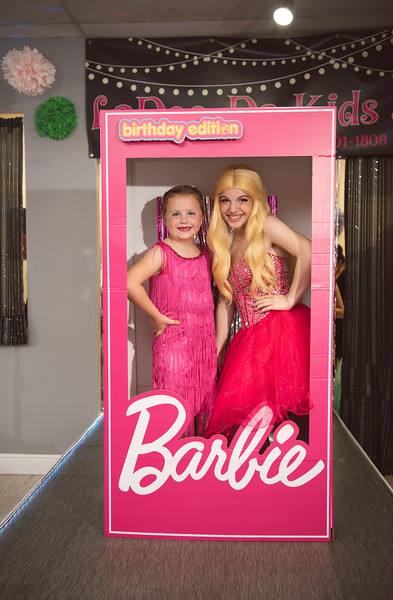 2020-0104-delaney-barbie-party-137.jpg