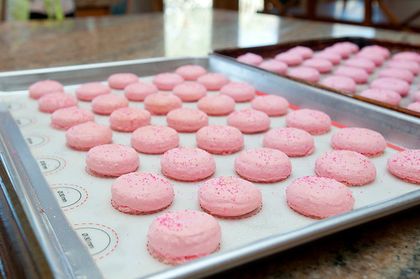 Jessica Orvis makes macarons