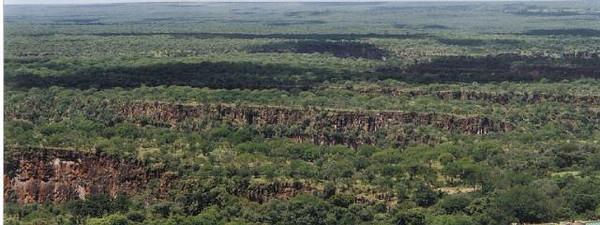 2001_04 Zambia