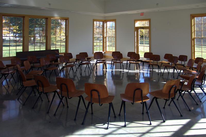 C 8 Friends Meeting House Oct. 04 076b.jpg
