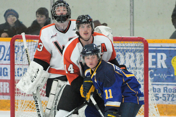 Winkler Flyers vs Blues