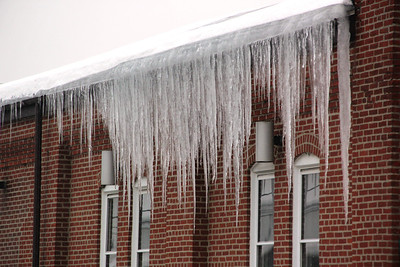 Large Icicles on Borough Hall, Tamaqua (2-19-2014)