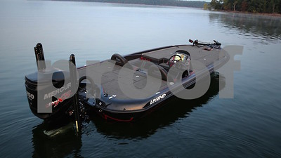 bass-pro-affiliate-buys-legend-boats