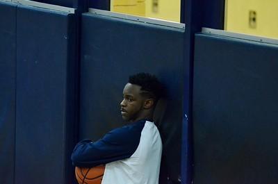 OE Boys Varsity Basketball Vs Joliet West 2017