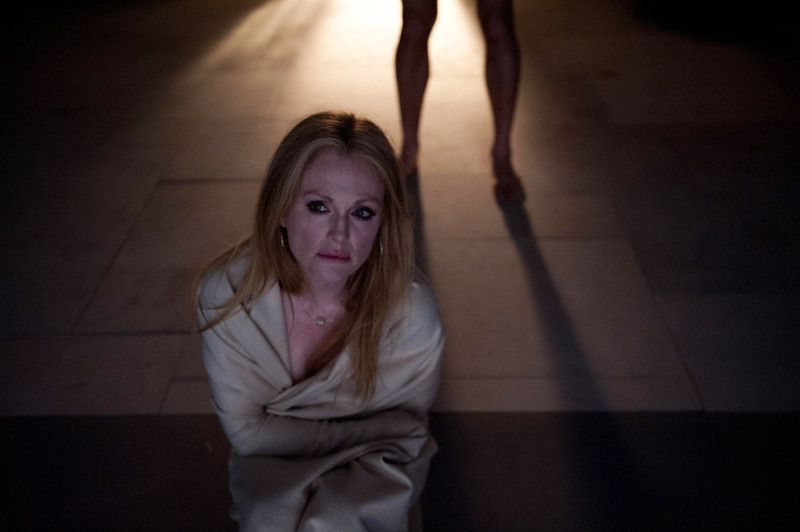 """. This image released by Cannes Film Festival shows Julianne Moore in a scene from \""""Maps to the Stars.\"""" (AP Photo/Cannes Film Festival)"""