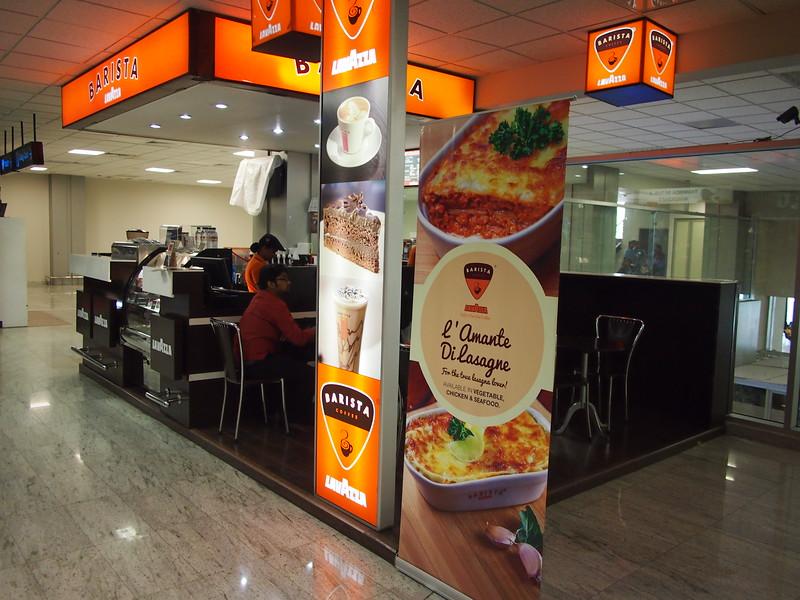 P2259375-barista-cafe.JPG