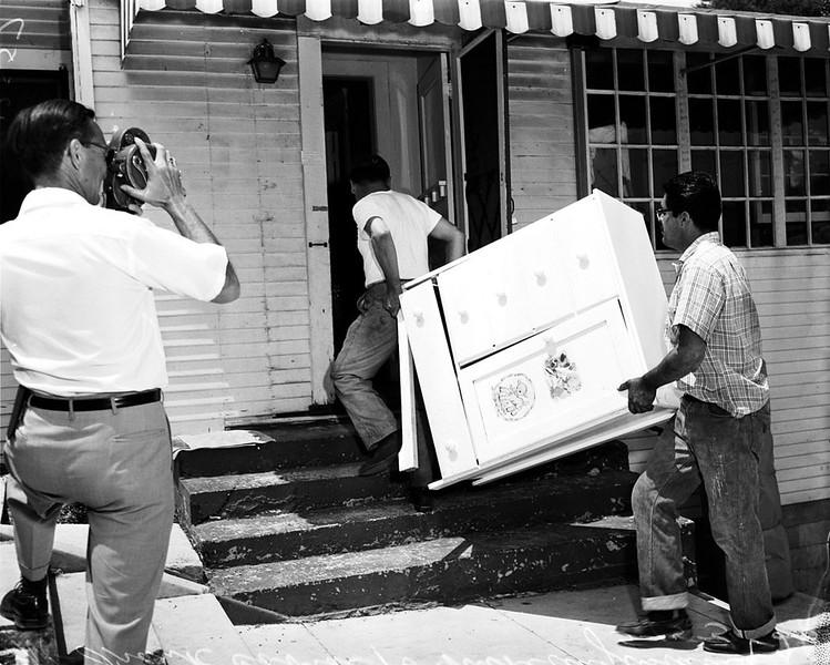 1959, Eviction
