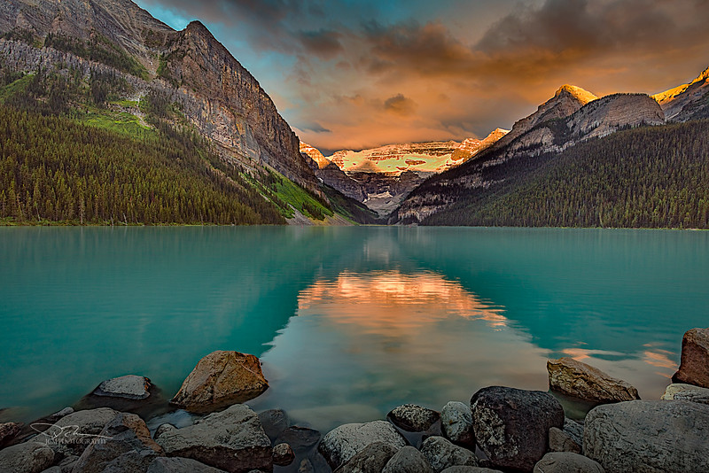 JM8_2080 Lake Louise Sunrise LPN PS edit r1.jpg