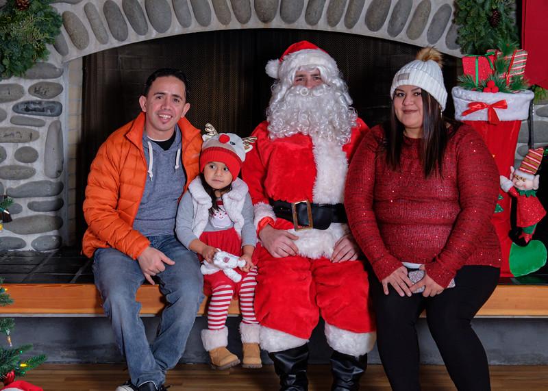 CB Santa 2019-7782.jpg