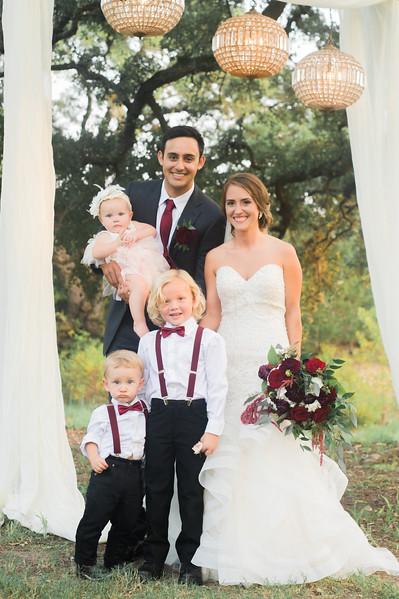 Alexa + Ro Family Portraits-36.jpg