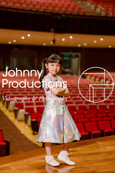 0029_day 1_orange & green shield portraits_red show 2019_johnnyproductions.jpg