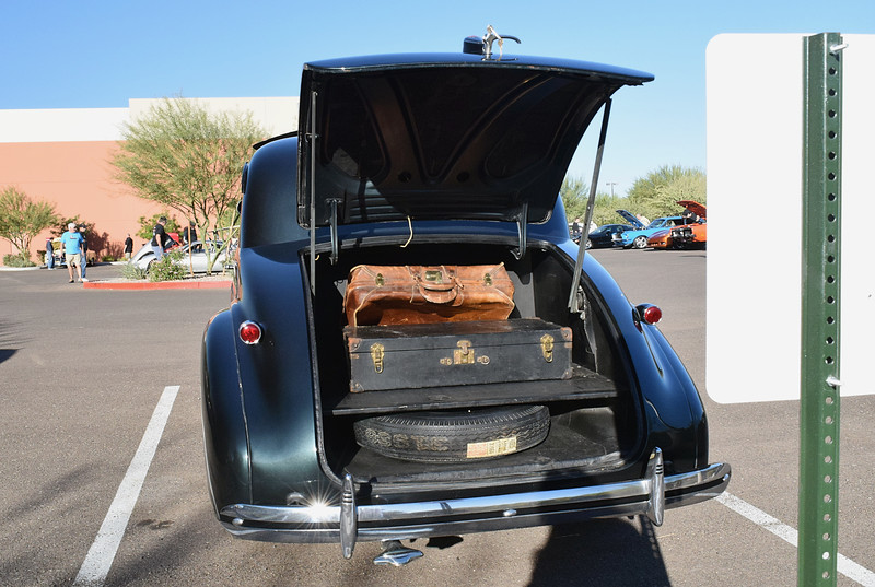 Chevrolet 1939 Master Deluxe Business Coupe rear.JPG