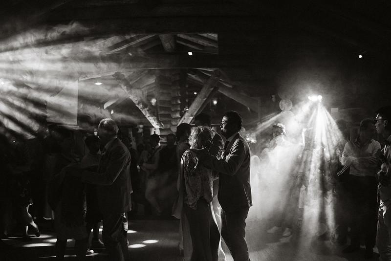 Tu-Nguyen-Destination-Wedding-Photographer-Chamonix-French-Alps-Paul-Hua-Yu-571.jpg