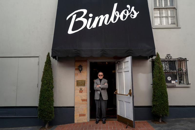 bimbos 365875622-4-20.jpg