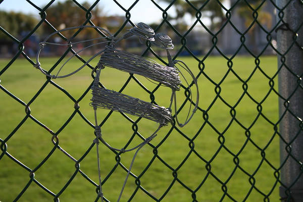 2006-03-29-Adams Park Wire Art