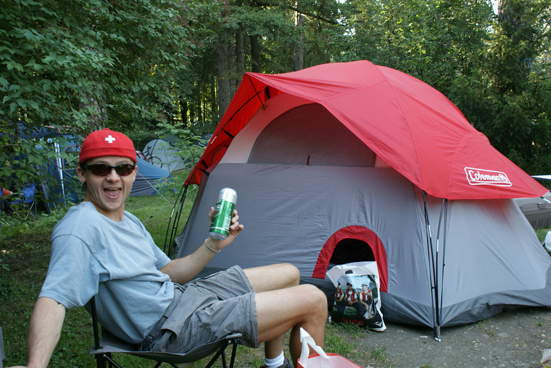 Back at the campground. My hat matches the tent!