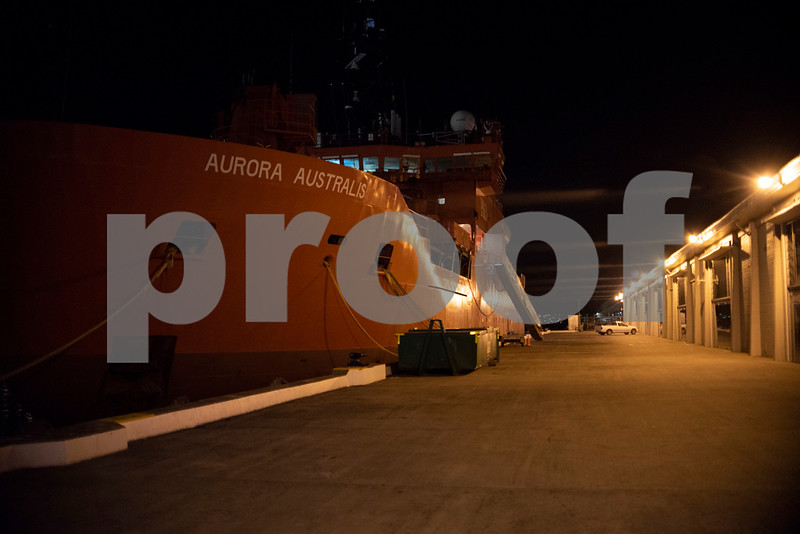 Hobart waterfront.JPG