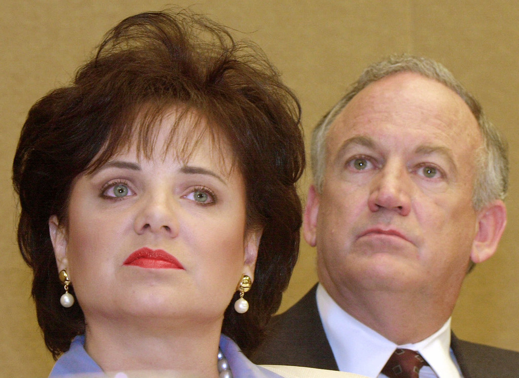 . In this May 24, 2000 file photo, Patsy Ramsey and her husband, John, parents of JonBenet Ramsey, look on during a nws conference in Atlanta regarding their lie-detector examinations for the murder of their daughter. A Colorado judge on Wednesday, Oct. 23, 2013 ordered the release of the 1999 grand jury indictment in the killing of 6-year-old JonBenet Ramsey, possibly shedding light on why prosecutors decided against charging her parents in her death. Patsy Ramsey died in 2006. (AP Photo/Ric Feld, File)