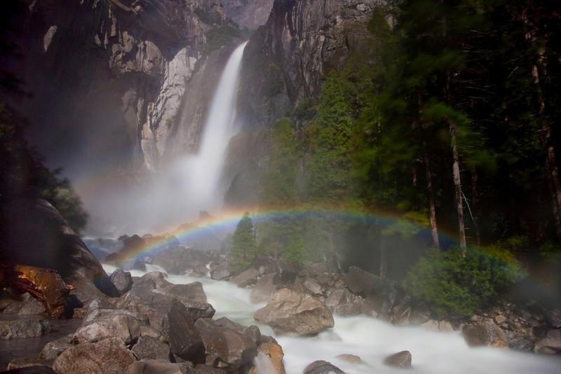 moonbow-lower-yosemite-falls.jpg