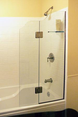 Janis Shower Doors