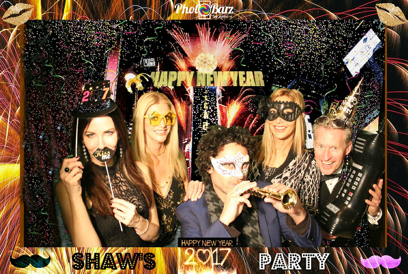 Shaws NYDay Party (72).jpg