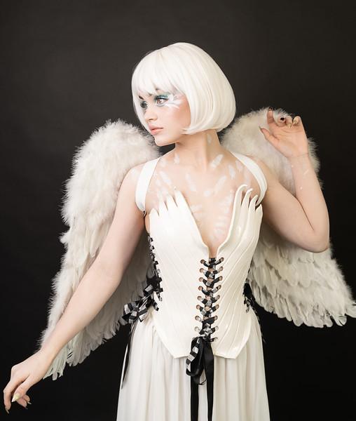 2020-01-03 Sara - White Bird5632-Edit.jpg