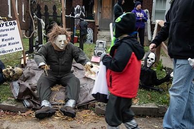 #2466 Halloween on Hillcrest Avenue, 10/31/19