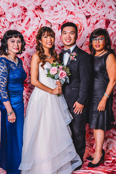 Best_Montreal_Wedding_Photographer_Montreal_Photography_Lindsay_Muciy_Photography+Video_N&S2018_1201.jpg