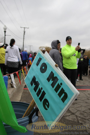 Featured - 2013 Martian Invasion of Races