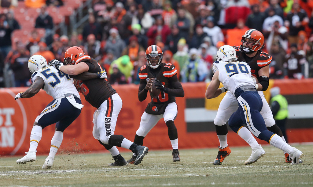 . Cleveland Browns quarterback Robert Griffin III (10) looks to pass in the first half of an NFL football game against the San Diego Chargers, Saturday, Dec. 24, 2016, in Cleveland. (AP Photo/Aaron Josefczyk)