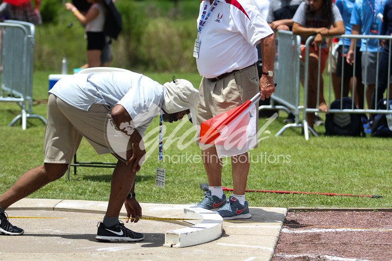 NAIA_Thursday_MensDecathalon_ShotPut_JM_GMS20180525_0035.JPG