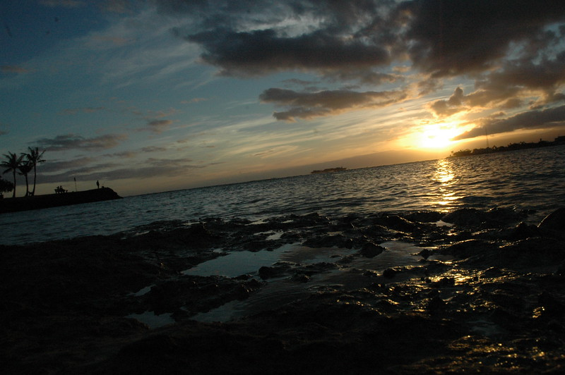 Hawaii - Ala Moana Beach Sunset-28.JPG
